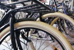 choisir les pneumatiques pour un vélo hollandais